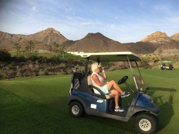 Väntan. Tyvärr vanligt på Aguilon golfbana.