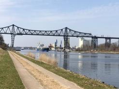 Kanalen är ca 100 km lång